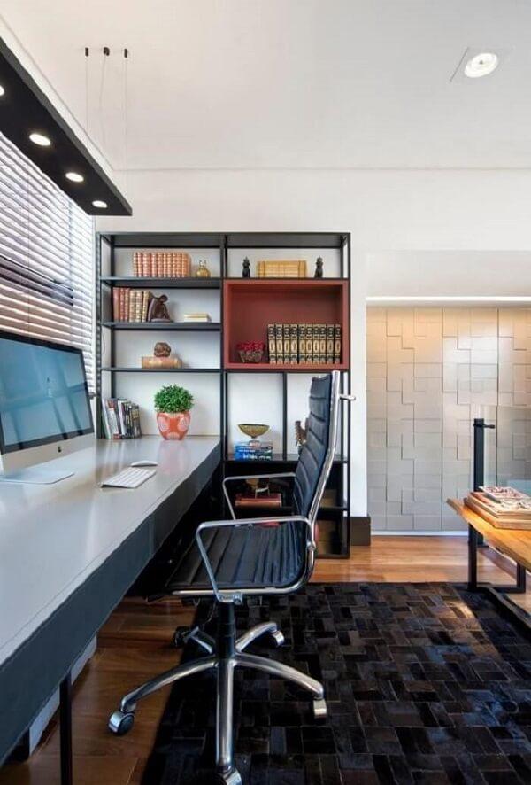 Modelo de cadeira cromada escritório confortável