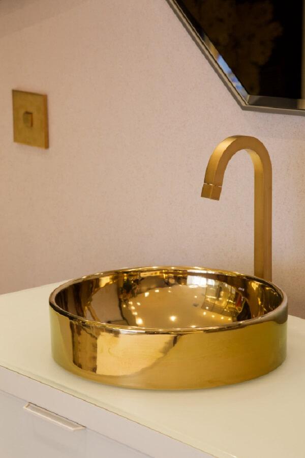 Modelo de cuba de apoio para banheiro é pura sofisticação