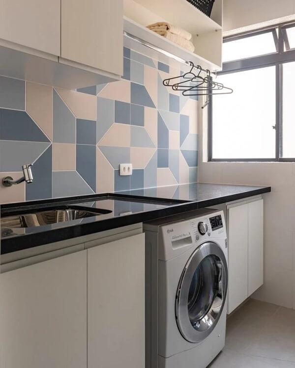 O revestimento para lavanderia geométrico transforma a decoração do ambiente