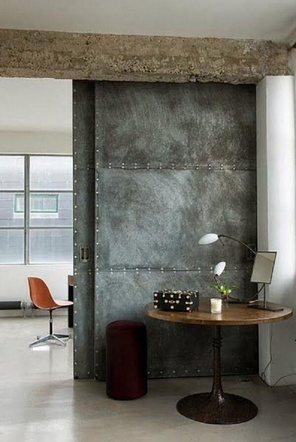Porta de correr para quarto com design diferenciado