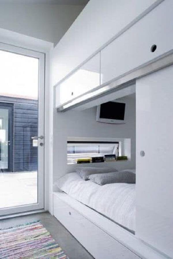 Que tal trazer ainda mais privacidade ao seu cantinho incluindo essa porta para quarto de correr?