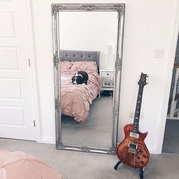 Você não vai se arrepender de incluir um espelho vintage no ambiente