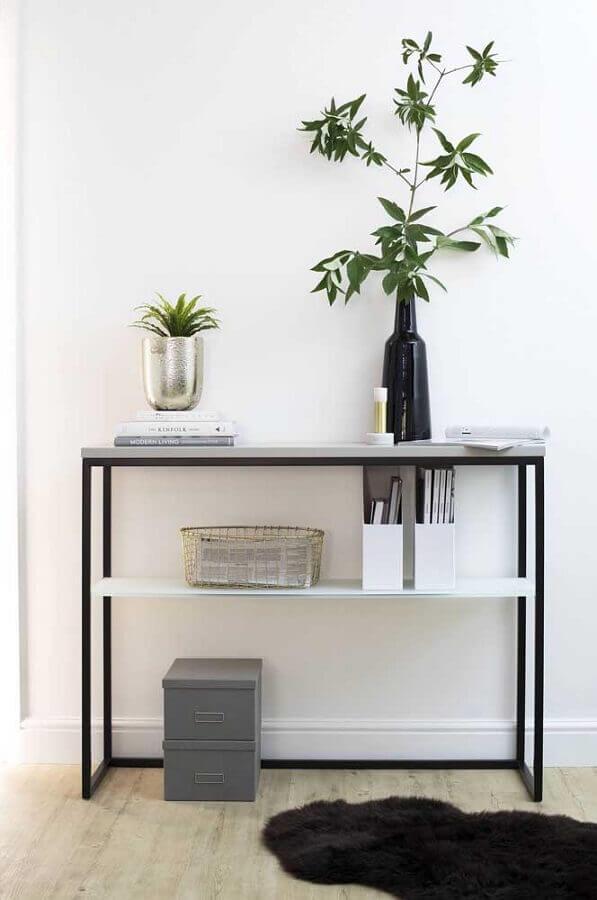 aparador pequeno minimalista para decoração de corredor Foto Pinterest