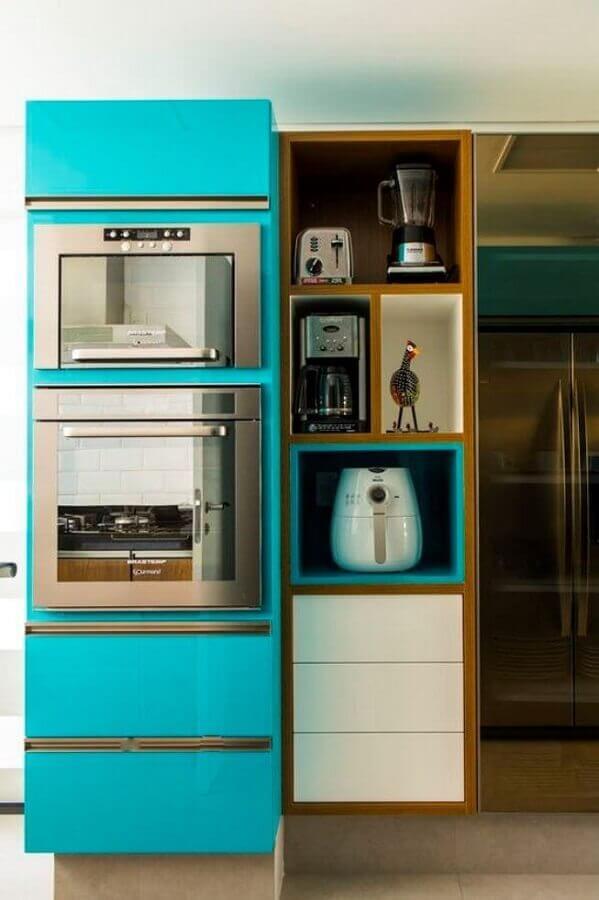 armário de cozinha planejado na cor azul turquesa Foto Pinterest