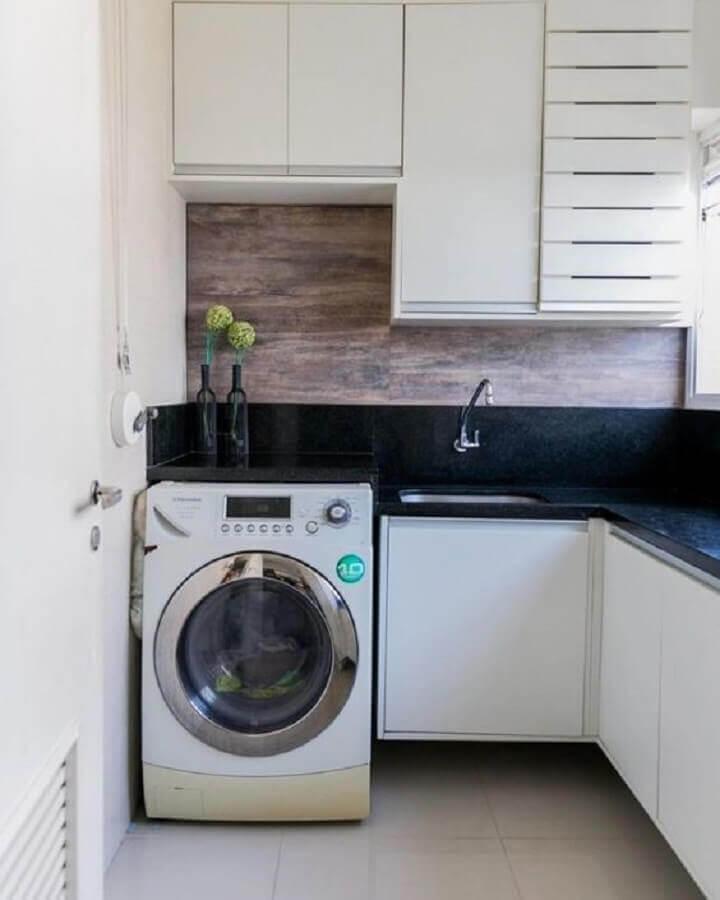 armário para lavanderia planejado de canto  Foto Jeito de Casa