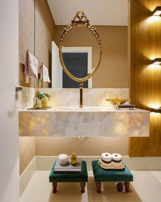 Banheiro chique com cuba de granito