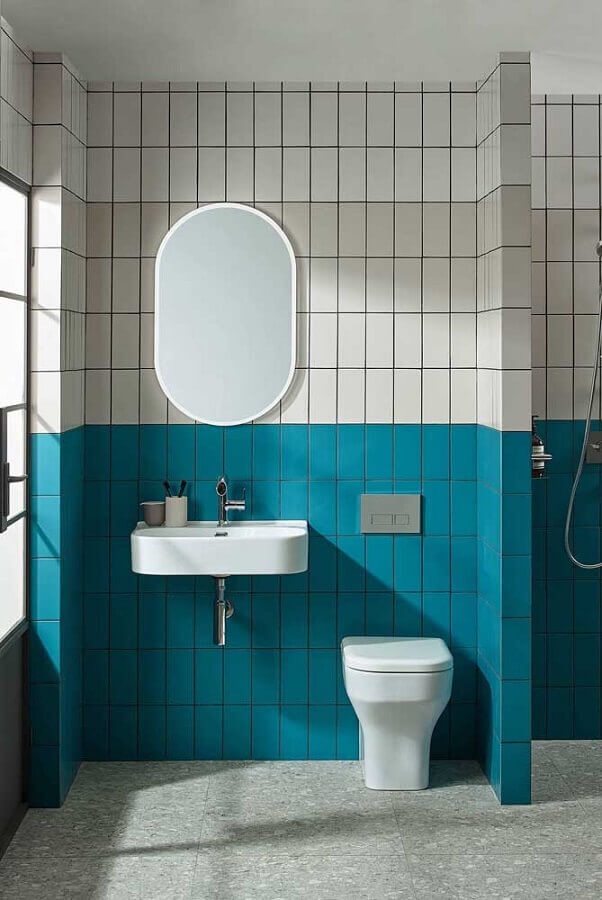 banheiro simples decorado com revestimento metro white colorido Foto Pinterest