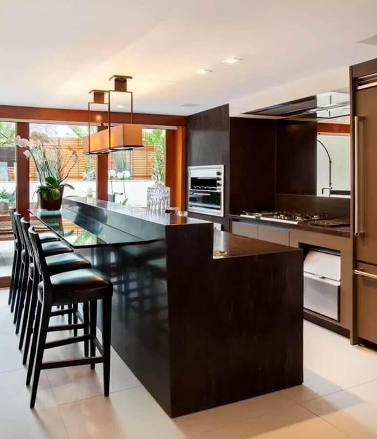 banqueta para área gourmet planejada com móveis na cor preta Foto Home Fashion Trend