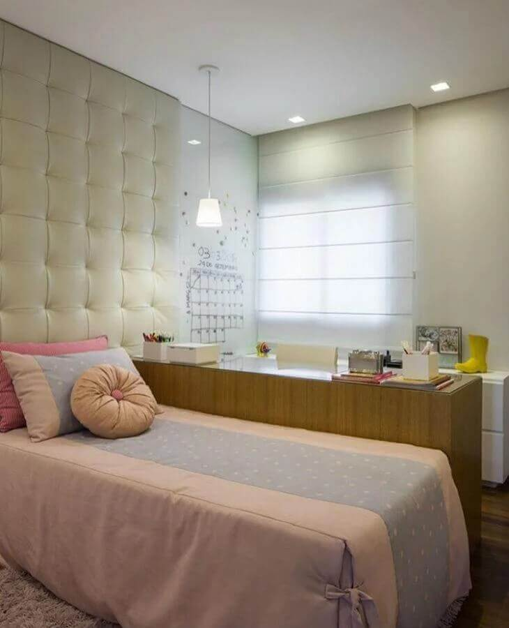 cabeceira estofada para decoração de quarto de adolescente feminino Foto Sesso & Dalanezi Arquitetura