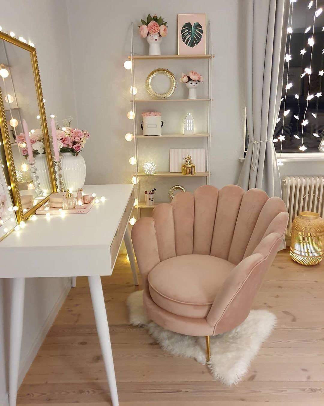 Cadeira para penteadeira chique e confortável
