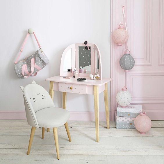 Cadeira para penteadeira infantil