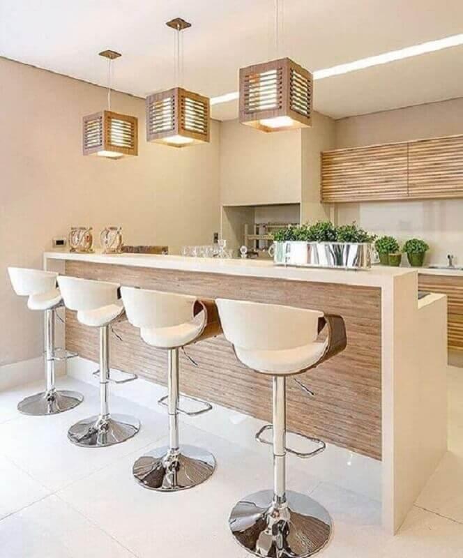 cores neutras para decoração com banquetas altas para área gourmet sofisticada  Foto Pinterest