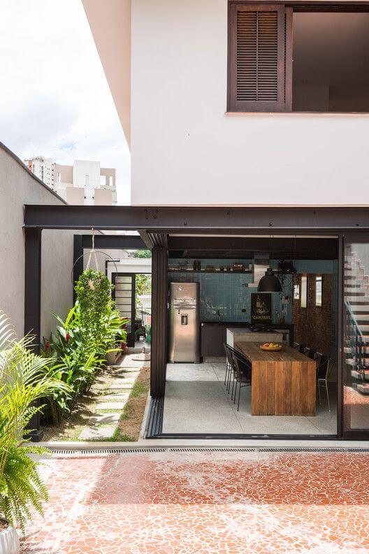 Escolha as melhores cores para área externa com cozinha gourmet