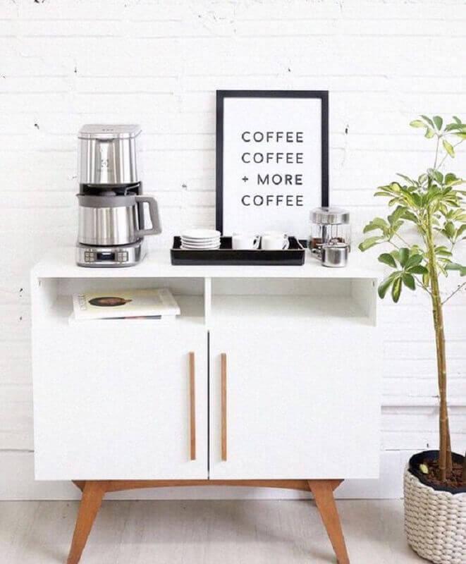 decoração clean com cantinho do café em buffet pequeno branco Foto Pinterest