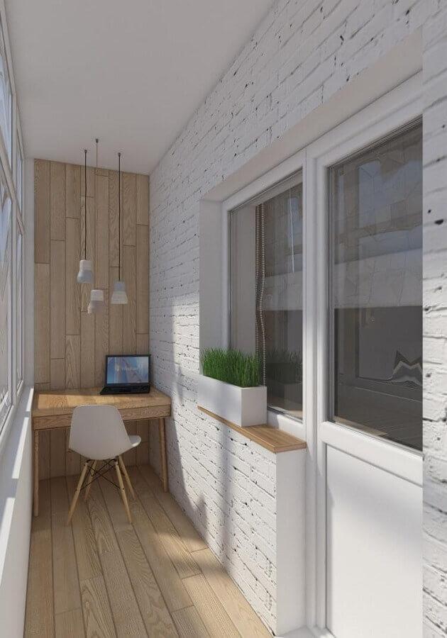 decoração clean com home office para varanda de apartamento pequeno Foto Pinterest