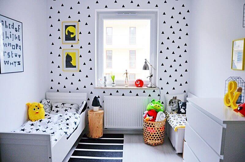 decoração com passadeira para quarto infantil preto e branco  Foto Etsy