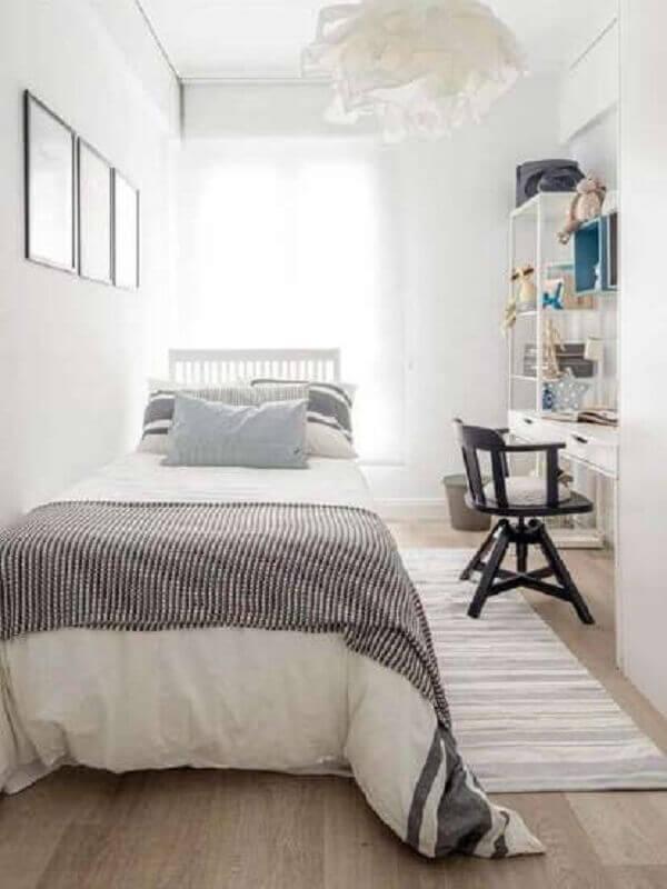 decoração com passadeira para quarto pequeno todo branco Foto Planete Deco