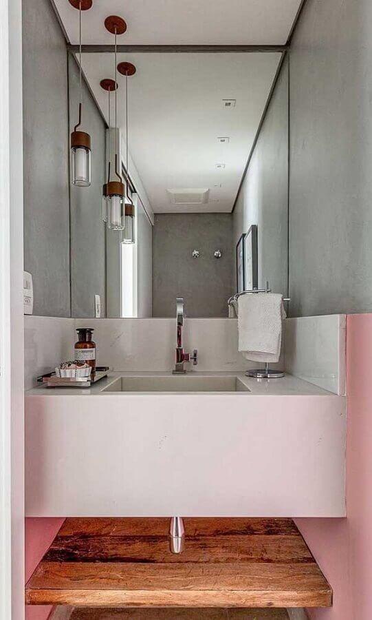 decoração com pendente para banheiro pequeno  Foto Pinterest