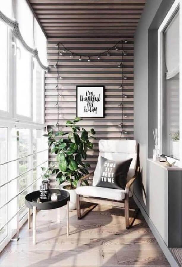 decoração com poltrona confortável para varanda pequena Foto Home Fashion Trend