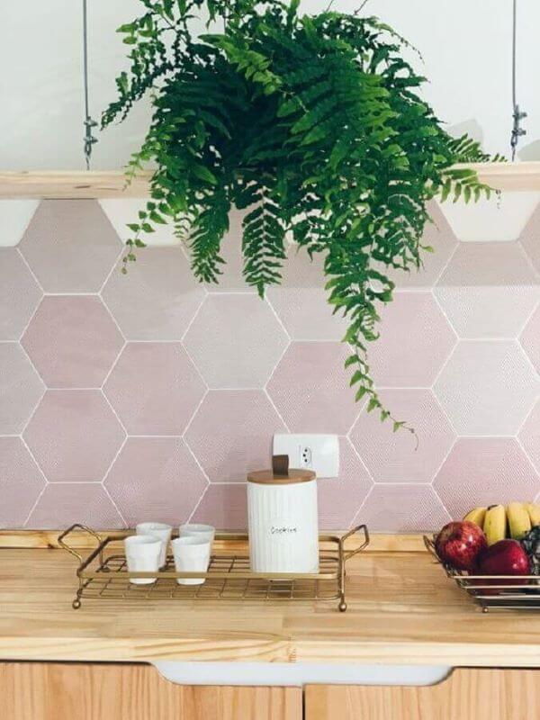 Decoração com revestimento hexagonal na cozinha