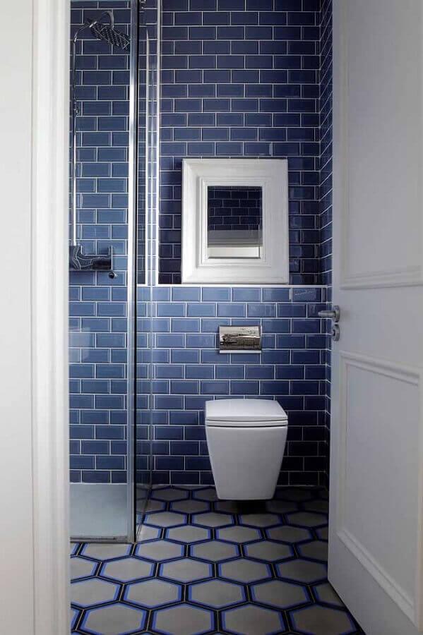 decoração de banheiro com metro white azul Foto Houzz