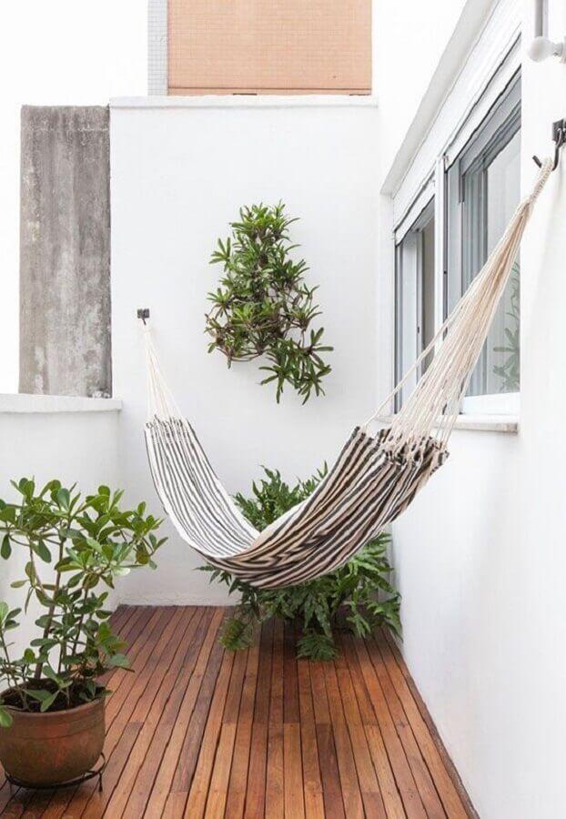decoração de varanda pequena e simples com rede  Foto Pinterest