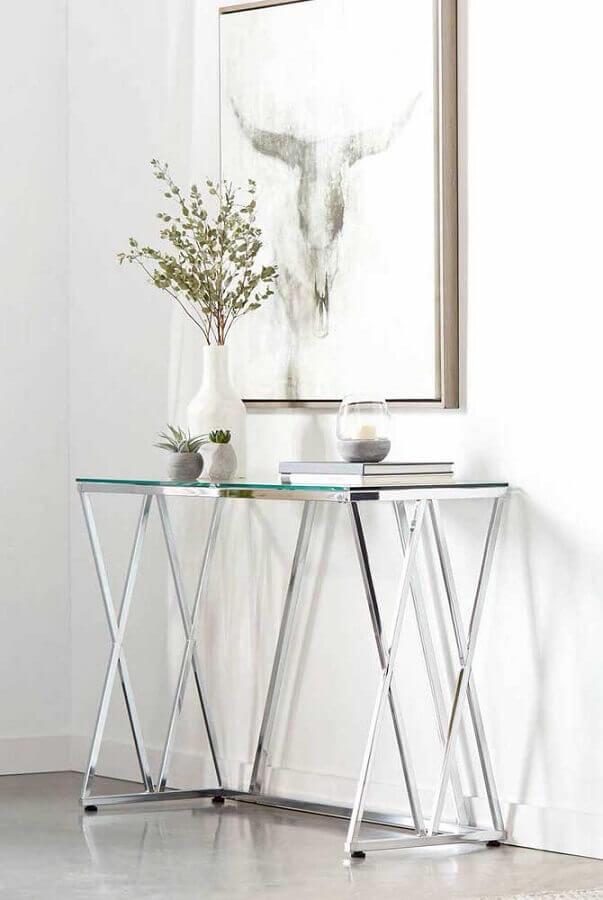decoração minimalista com aparador pequeno de vidro para corredor  Foto Pinterest
