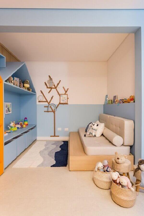 decoração para quarto de criança azul e branco com móveis planejados Foto Vestida de Mãe
