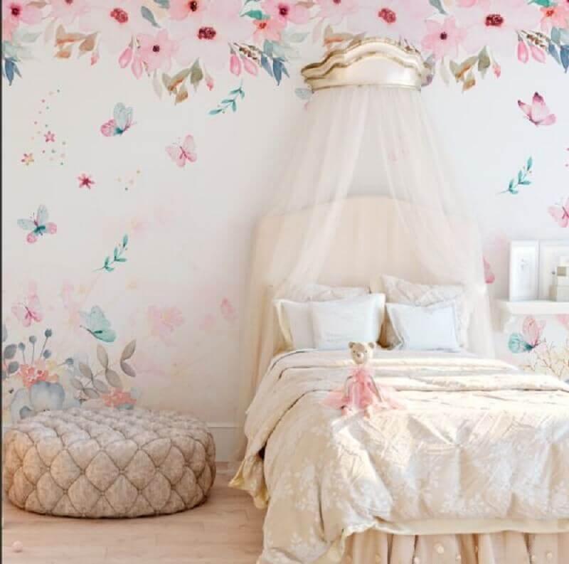 decoração quarto de princesa com papel de parede romântico feminino Foto Pinterest