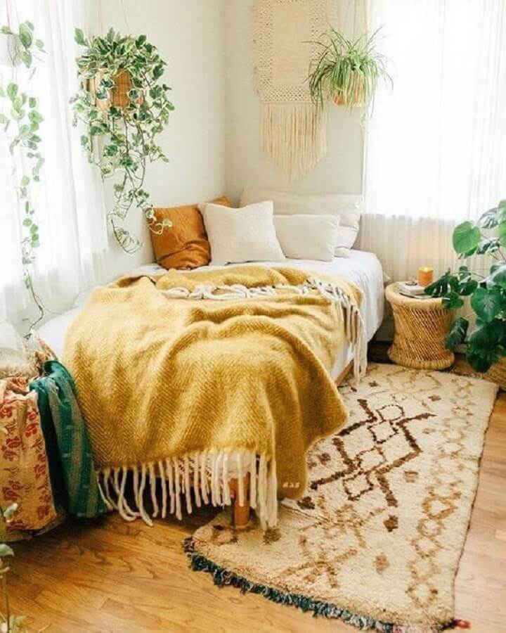 decoração rústica com tapete passadeira para quarto  Foto Pinterest