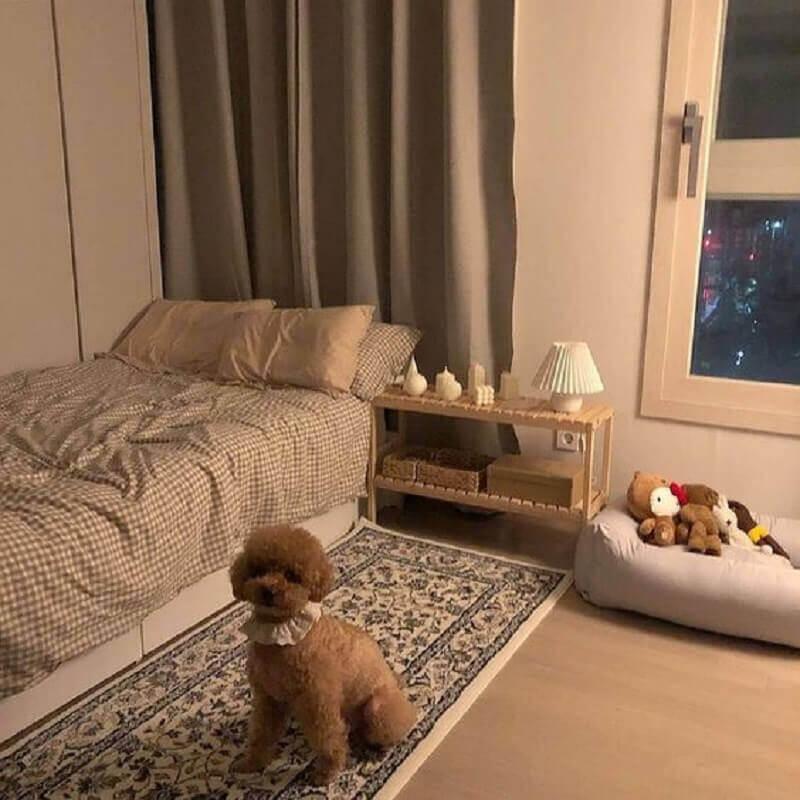 decoração simples com passadeira para quarto de solteiro  Foto We Heart It