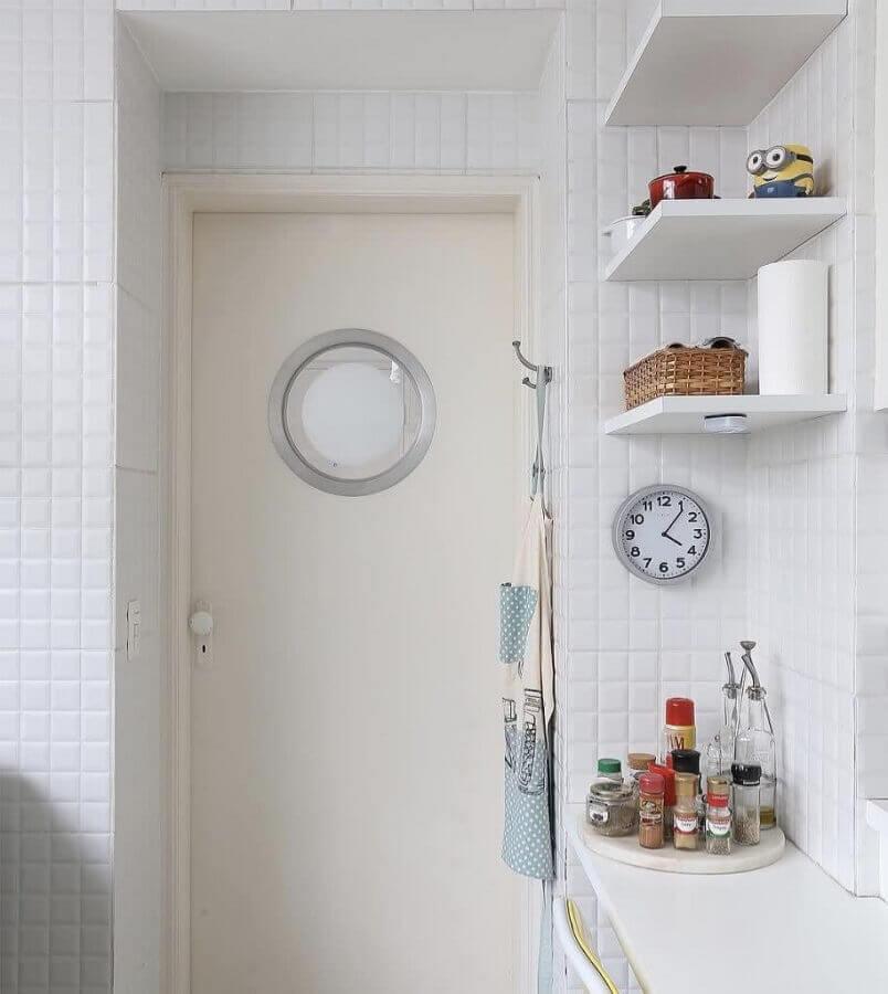 decoração simples para cozinha com revestimento branco Foto Home Fashion Trend