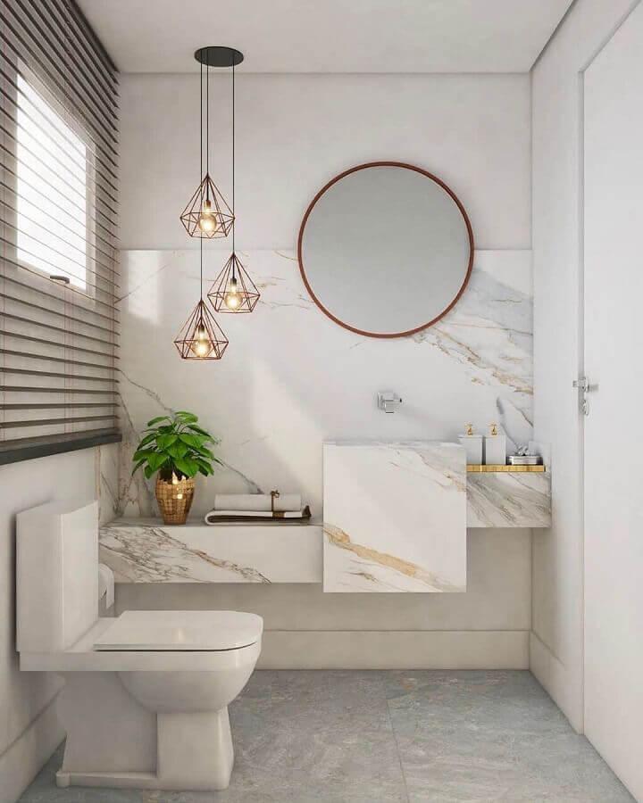 decoração sofisticada com pendente para banheiro pequeno com bancada de mármore Foto Pinterest