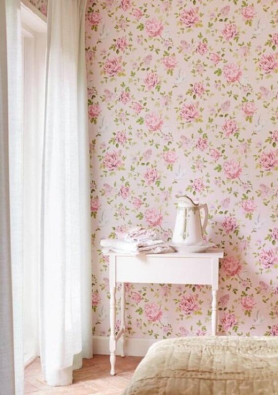 delicado papel de parede floral romântico para decoração de quarto  Foto Jeito de Casa