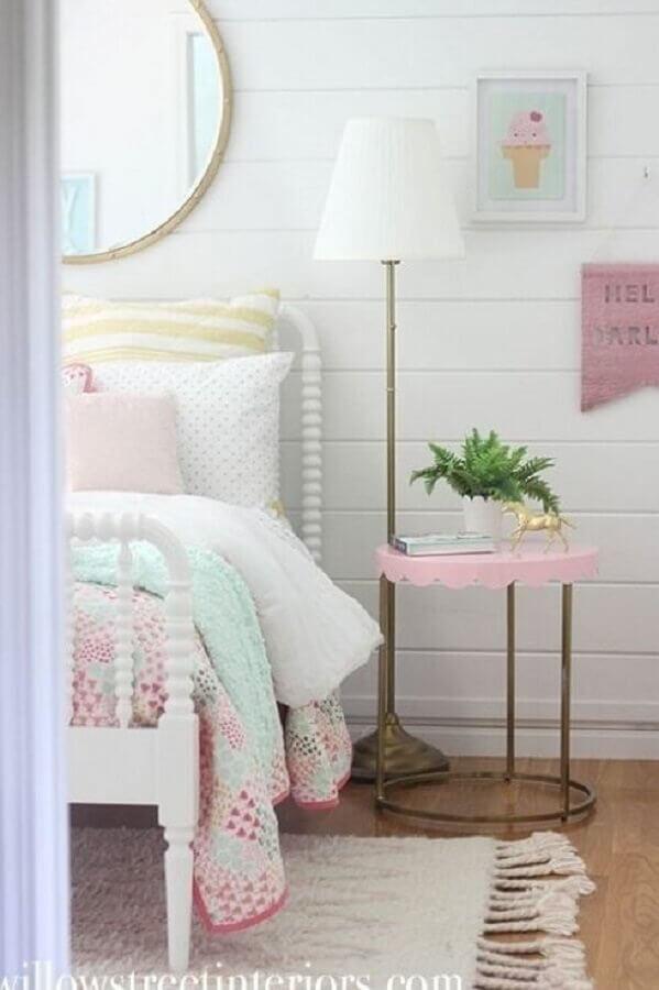 mesa de canto para quarto feminino branco e rosa  Foto Etsy