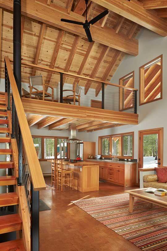 Mezanino de madeira com estrutura