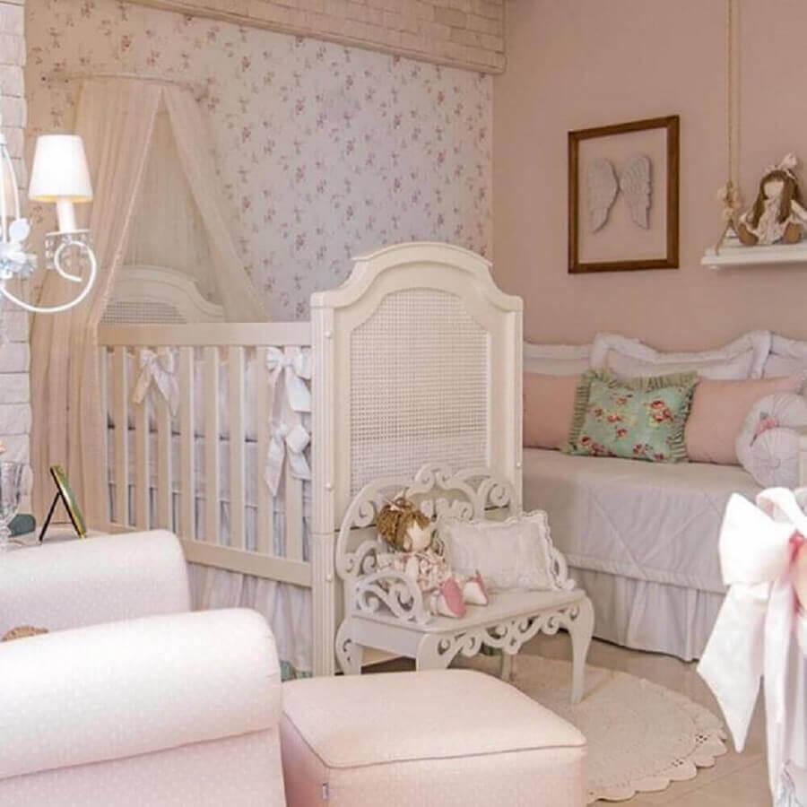 papel de parede floral romântico para decoração de quarto de bebê branco Foto Pinterest
