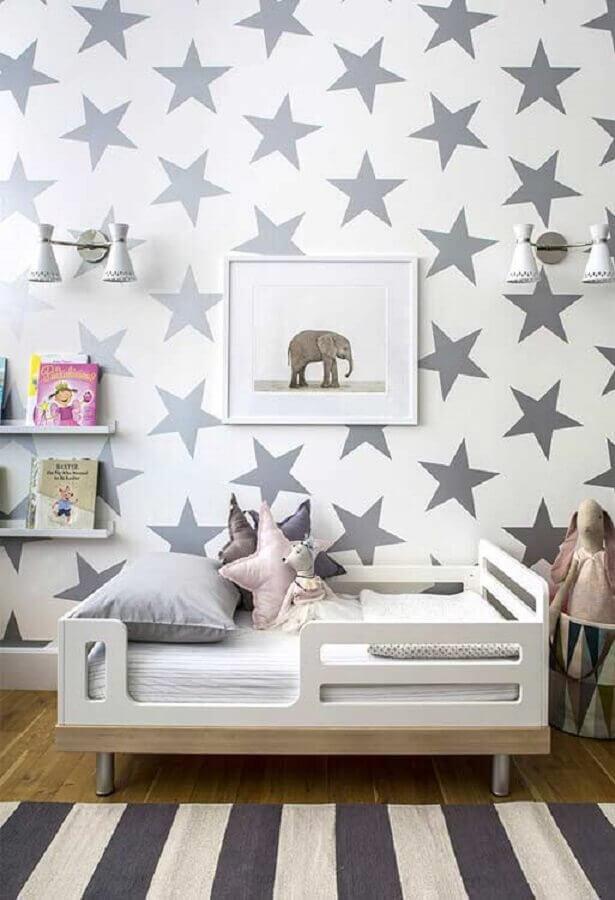 papel de parede para quarto de criança com estrelas cinza Foto Pinterest
