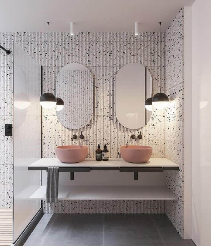 pendente para banheiro moderno decorado com cuba rosa Foto Pinterest