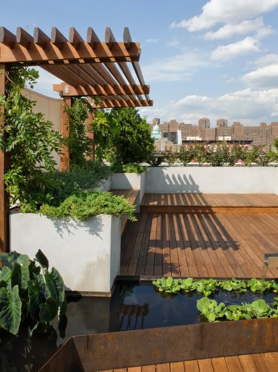 Decore seu jardim com lindos pergolados