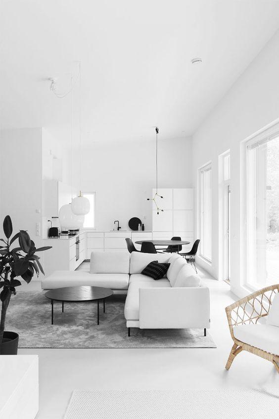Piso branco na sala moderna