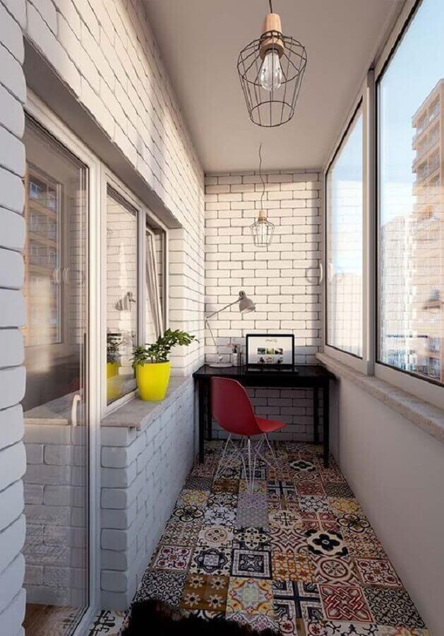piso hidráulico para decoração de home office em varanda pequena simples Foto Superela