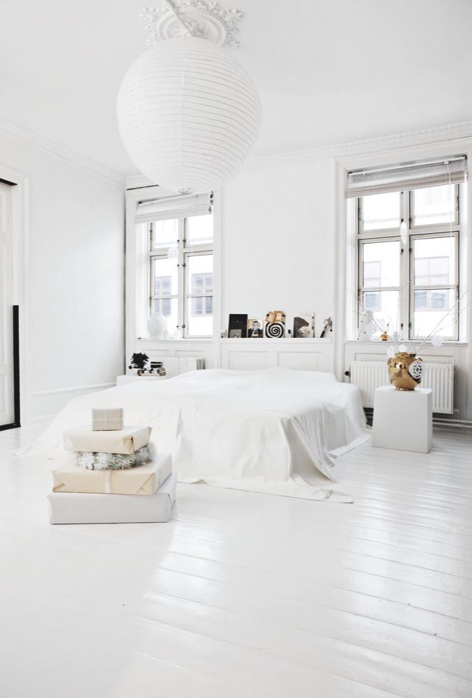 Piso laminado branco no quarto