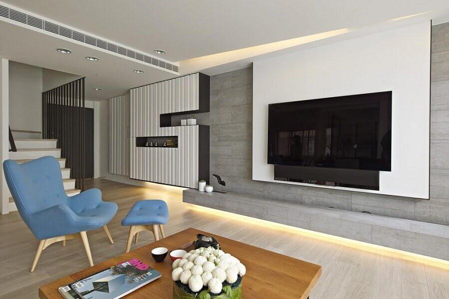 poltrona azul para decoração de sala de estar minimalista Foto Pinterest