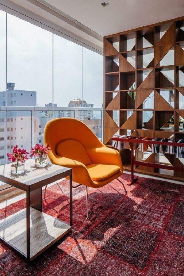 poltrona decorativa para varanda de apartamento moderno  Foto Pinterest