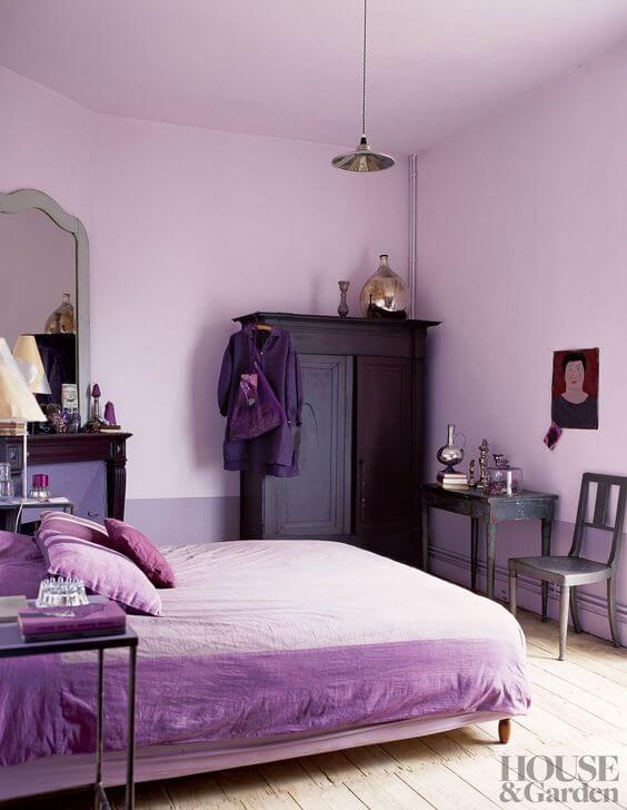Quarto lavanda e roxo