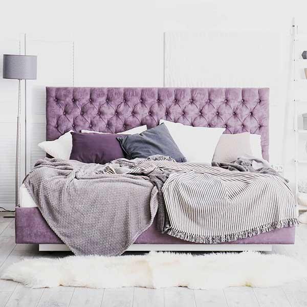 Cabeceira lilás para quarto roxo simples
