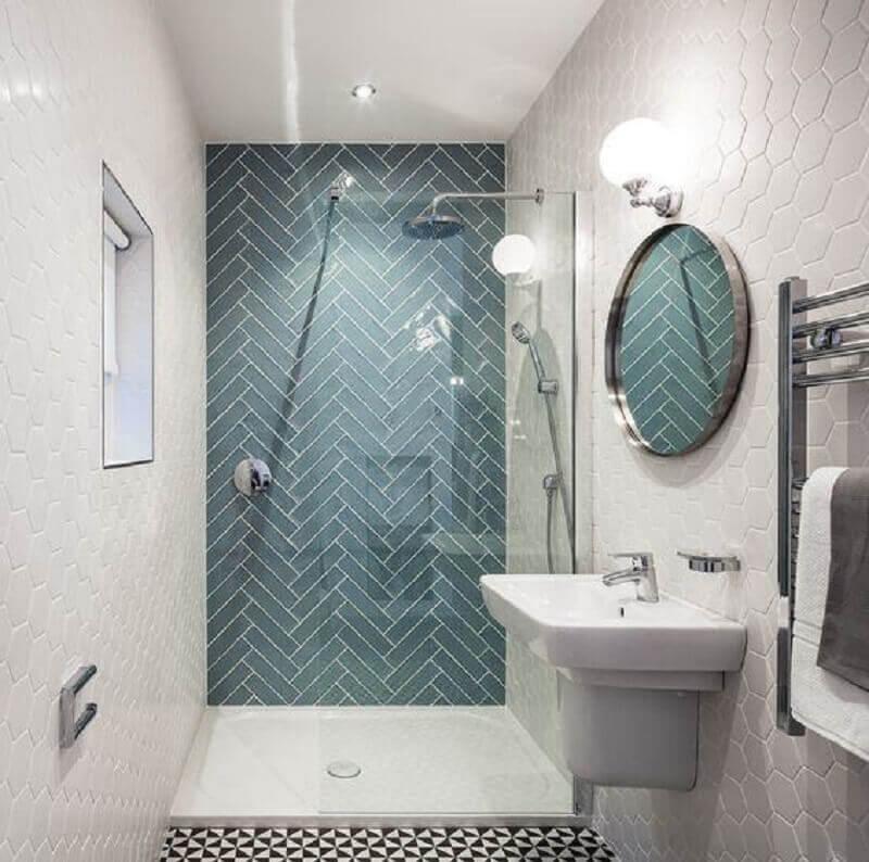 revestimento metro white cinza para decoração de banheiro com espelho redondo Foto Home Design Ideas