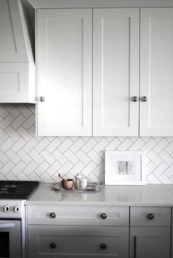revestimento metro white para cozinha clássica Foto Homelisty