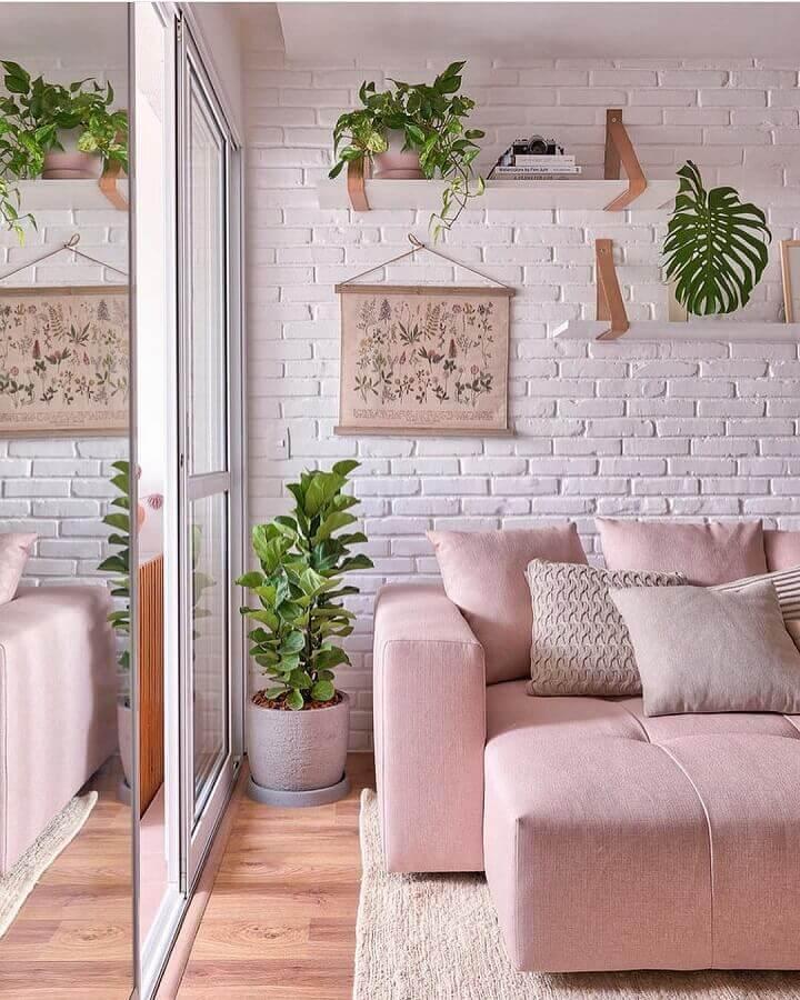 revestimento tijolinho branco para decoração de sala com sofá rosa Foto Pinterest